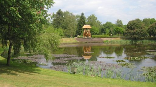 Gemeentelijke begraafplaatsen Twenterand. Voor meer informatie over een uitvaart in Twenterand kunt u contact opnemen met Uitvaartzorg Salland.